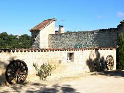 Holiday home Chateau D Agen III,  47240, Saint-Caprais-de-Lerm