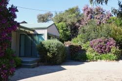 Hazards Beach House, 2 Muirs Place, 7215, Coles Bay