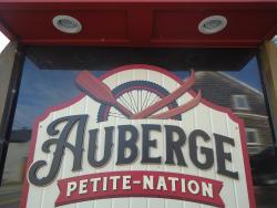 Auberge Petite Nation, 35 Rue Principale, J0V 1W0, Saint-André-Avellin