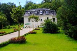 Weisses Haus Am Kurpark - Gartenblick,  06458, Bad Suderode