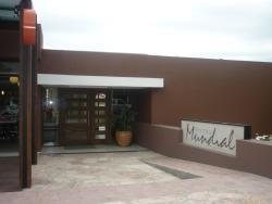 Hotel Mundial, Avenida del Deporte 549, D5881ATF, Мерло
