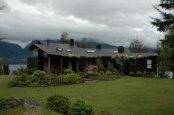 Casa Ensenada de Illahuapi, Lago Ranco, Camino Illahuapi, km 12,6 Hijuela 39, Ensenada,, Población Lago Ranco