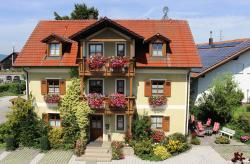 Gäste-Haus Rösch, Regensburger Straße 10, 93109, Wiesent
