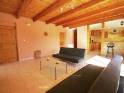 Maison De Vacances - Villeneuve-De-Berg,  7170, Saint-Maurice-d'Ibie