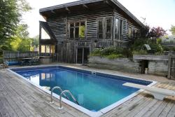 The Blue Mountain Retreat, 503860 Grey County Road 12, N0C 1H0, Markdale