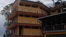 Barthos Hotel, mikexa01@gmail.com,, Butare