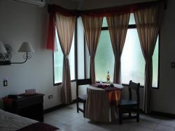 Hotel Provincial, De la gasolinera Uno Aguas Zarcas 300 mts al oeste, San Carlos, 21004, Aguas Zarcas