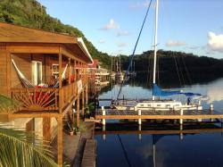 Sail Inn of Roatan, Jonesville Bight,, Jonesville