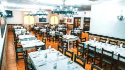 Hotel Restaurante Caracho, Poligono Ombatillo calle A, 31591, Corella