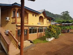 Settus Villas, Beach Road, Bureh,, Bure Town