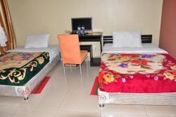 Unik Hotel, lot 143 Namugongo Road, P.O.Box 33110,, Kireka