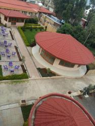 Hotel Brexit, 8.932266, 38.662607,, Addis Ababa