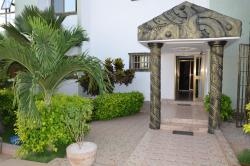 Hotel Le Luxe-bourg Lome, Route de Segbe Rue Togbui Ashamu III,, Wonyomé