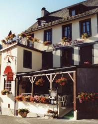 Hôtel Notre Dame, Place de la Basilique, 63210, Orcival