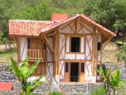 Hotel La Montoya, CURITI SANTANDER, 682047, Curití