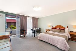 Melaleuca Motel, 25 Bentinck Street, 3305, Portland