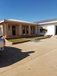 Refiloe Guesthouse, Maputsoe, 430, Leribe