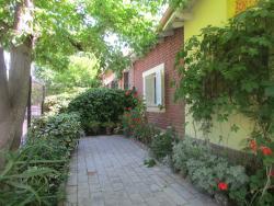 Casinha do Sol Hostel, Paso de los Andes 1224, 5547, Villa Marini