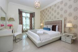 Signature Holiday Homes - Souk Al Bahar, old town dub,, Dubaï