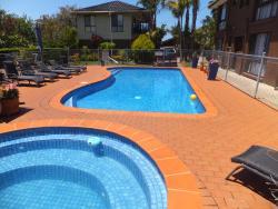 Paradise Holiday Apartments, 89 Lake Bunga Beach Road, 3909, レイクス・エントランス