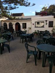Hotel Restaurante La Mecedora, Carretera Nacional 340, km 143, 29692, San Luis de Sabinillas