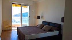 Luxurious flat with stunning view on Boulevard Napoléon III, 1005 Boulevard Napoléon III, 06230, Villefranche-sur-Mer