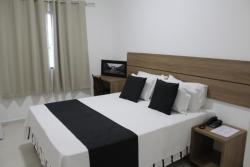 Hotel IrmãƒOs Vaz Br 116 - Entronc. De Jaguaquara, BR 116 KM 43 Entroncamento de Jaguaquara, 45345-000, Jaguaquara