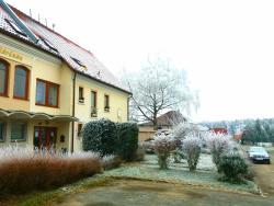 Hotel Sedmikráska, K Mýtu 47, 25162, Tehovec