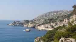 Cabanon Aux Portes De Marseille, route de la Vesse, 13740, Le Rove