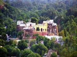 Hotel Abhay Durg, V.P.O. Jaitpur, Dausa, Rajasthan V.P.O. Jaitpur, Dausa, Rajasthan, 301413, Dausa