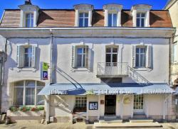 Hôtel Le Lion d'Or, 8 Rue de la Marche, 86300, Chauvigny