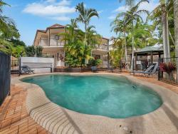 Cossies by the Sea, 11/45 Shirley Street, 2481, Byron Bay
