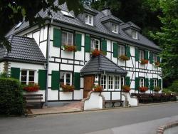 Wißkirchen Hotel & Restaurant, Am Rösberg 2, 51519, Odenthal