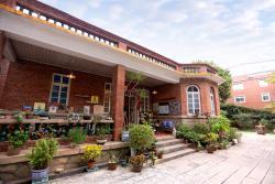 Quanzhou New Street 54 Coffee Inn, No. 54 New Streeet, Licheng District, 362000, Quanzhou