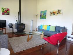 Maison Daintree, 6 Poinciana Ave, 2450, Sapphire Beach