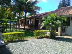 Quinta Campestre Villa Claudia, Km 8 Vía Puerto López - Meta Vereda Apiay, 500008, Granja Campo Alegre