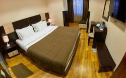 Hotel Lilia Yerevan, Mashtots Street 14 h. 4, 0015, Ереван