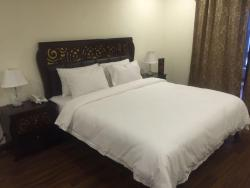 Larish Residency, House 8, Street 54, F-7/4, 44000, Islamabad