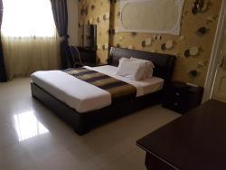Hotel La Perle, Avenue de l'Amitié 175,, Brazzaville