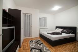Apartman1, Cara Dusana 3, 76300, Bijeljina