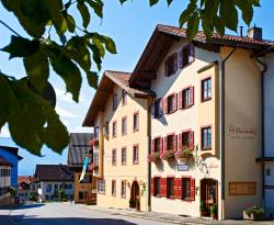 Klausenhof am Park, Hotel garni, Burggraben 10, 82418, Murnau am Staffelsee
