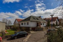 Hotel-Pension am Rosarium, Finkenstr. 24, 06526, Sangerhausen