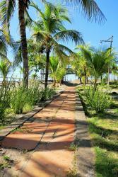 Hostal El Pulpo, Costa Azul 3 c. Oeste,, Poneloya