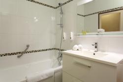 Hostellerie du Val d'Or, 140 Grande Rue, 71640, Mercurey