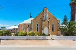 Wallaroo Church Holiday House, 8 Stirling Street, 5556, Wallaroo