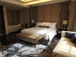 Radisson Blu Hotel Kashgar, 2 Duo Lai Te Ba Ge Road, 844000, Kashgar