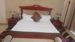 Martha Hotel, Chaussee Prince Louis Rwagasore 84,, Μπουζουμπούρα
