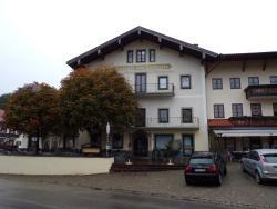 Gasthof zum Hochfelln, Dorfplatz 1, 83346, Bergen