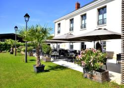 AUBERGE DU CHÂTEAU BLEU, 37 Route de Roissy, 93290, Tremblay En France