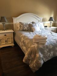 Executive One Bedroom Condo, 8067 207 Street 535, V2Y 0N9, Langley